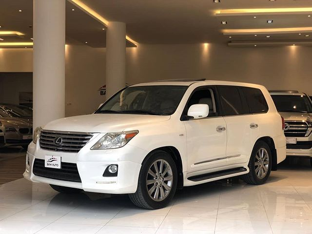 Pin By Yallasyarah On Voitures Et Motos In 2021 Car Suv Suv Car