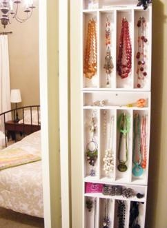 Jewelry organizer made from utensil trays! So creative!