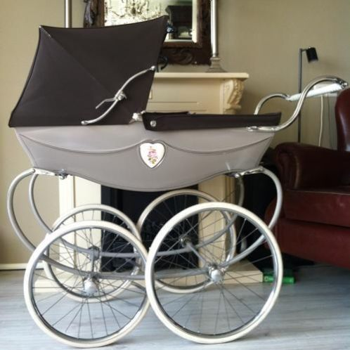 engelse silver cross silvercross kinderwagen uit 1974 doll baby carriages pinterest baby. Black Bedroom Furniture Sets. Home Design Ideas