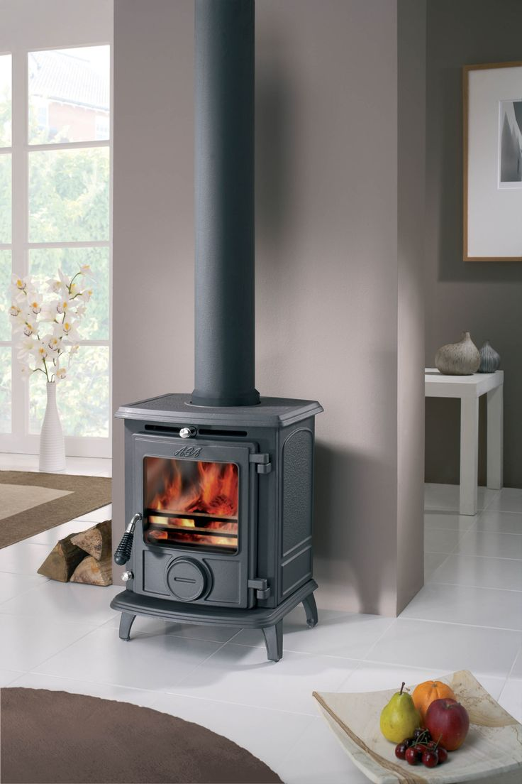 The timeless appeal of a cast-iron fireplace is hard to beat and AGA fireplaces are among the best money can buy.  The AGA Wenlock is no exception. With its traditional moulded detail, arched side panels and striking wired handle, it would make a stunning centrepiece in any home. The compact design means it can fit seamlessly