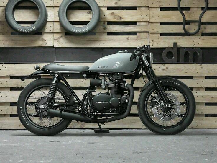 Kawasaki KZ400 #caferacer discover #motomood