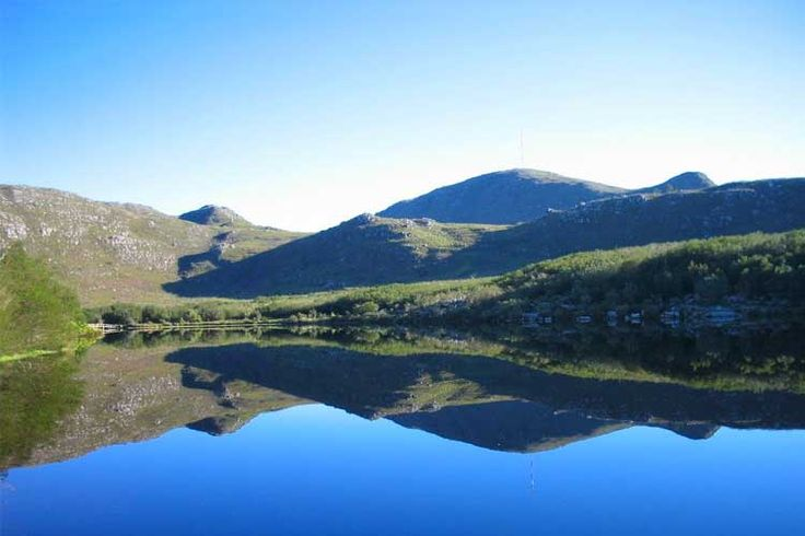 With summer on our doorstep, outdoor swims in nature are deliciously inviting. We've rounded up our favourite reservoirs for swimming in the Cape.