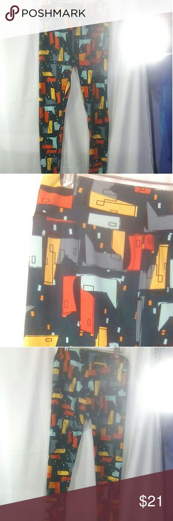 LuLaRoe Teal w/Buildings O/S Leggings | Leggings are not ...
