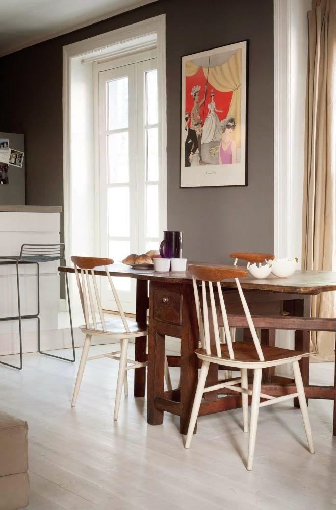 nice table  Klikk-I-denne-Oslo-leiligheten-er-alle-vegger-gra-5