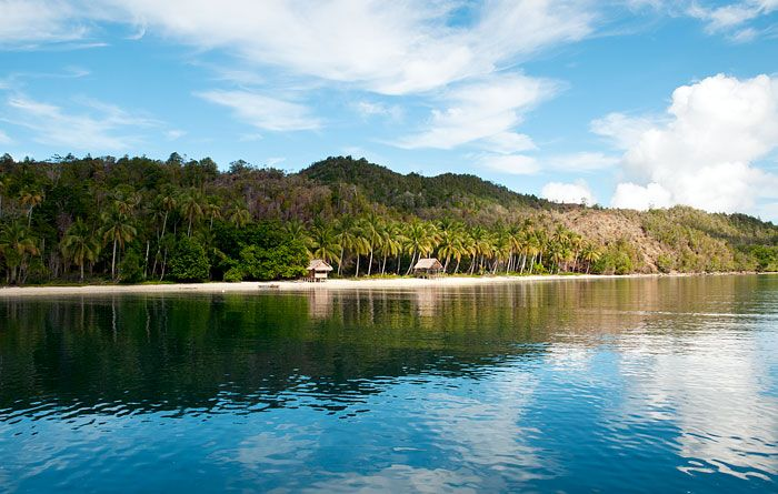 Information, prices, photos and reviews of Bon Wauw Homestay, traditional Papuan accommodation at Pulau Manyaifun in West Papua's Raja Ampat islands
