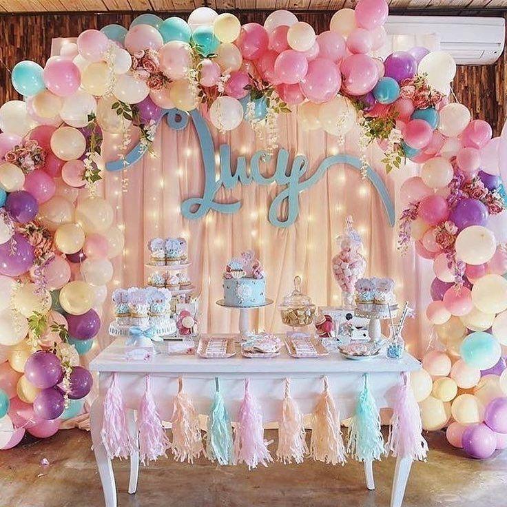 いいね!1,548件、コメント2件 ― プレ花嫁の結婚式準備サイト marry【マリー】さん(@marry_editors)のInstagramアカウント: 「◌ ❁˚ 可愛すぎる空間に一目惚れ💘✨ #スイーツブッフェ のデコレーションです🎂 * これは海外の#バースデーパーティー の 例なのですが、 #タッセルガーランド #バルーンアーチ…」