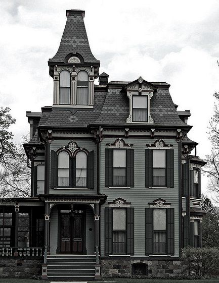 2nd Empire Victorian house (misidentified as Gothic Revival) - 6 Styles of Victorian Houses, with Examples | William H. Davenport House in Saline, Michigan, built in 1875.