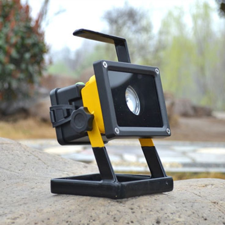 32.92$  Watch now - https://alitems.com/g/1e8d114494b01f4c715516525dc3e8/?i=5&ulp=https%3A%2F%2Fwww.aliexpress.com%2Fitem%2F220v-outdoor-emergency-rechargeable-spotlight-30w-aluminum-portable-spotlight-white-high-power-mobile-floodlight-18-11%2F32390597339.html - New 220v outdoor emergency rechargeable spotlight 30w aluminum portable spotlight white high power mobile floodlight flashlight 32.92$