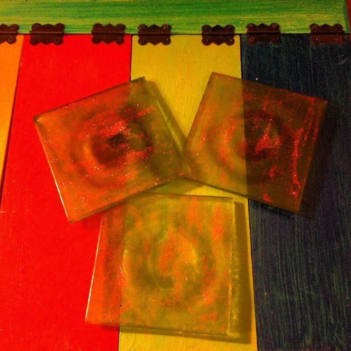 Posavasos vidrios pintados, $3 mil pesos