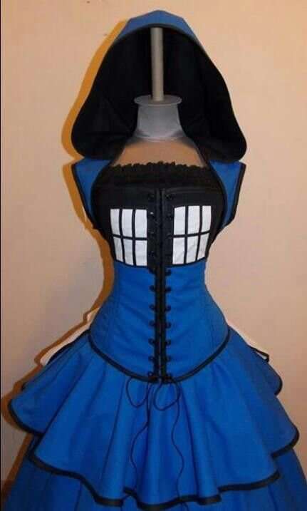 I really need a sewing machine for all the tardis clothing i want to make.