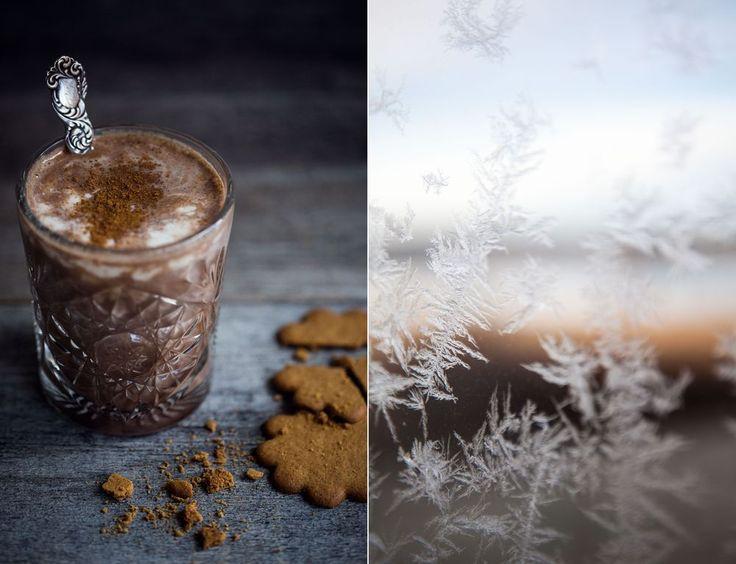 Det bästa med julen är när man får hålla på med julpyssel, äta pepparkakor och njut av något varmt och gott i glaset! Bara vara helt enkelt...
