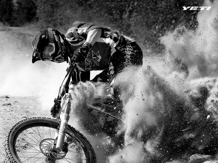 Downhill bike. yeti
