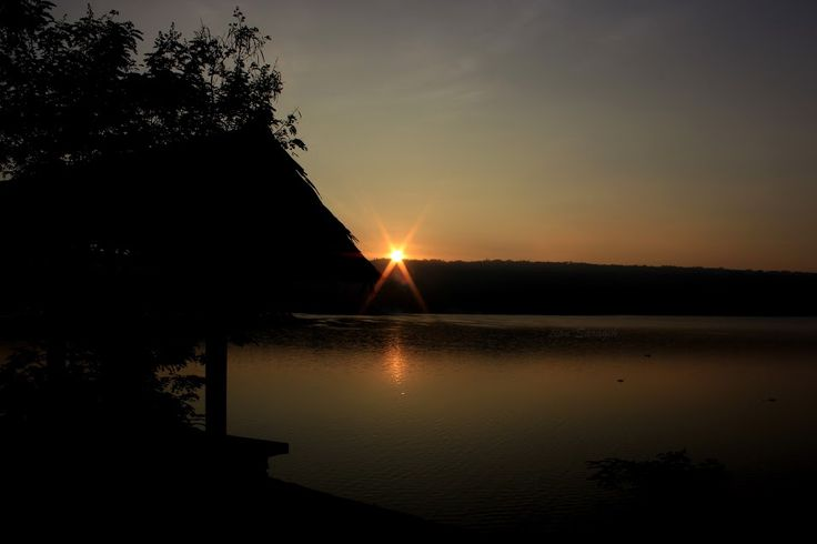 lake toba  location : pangururan  photographer : lian Saragih