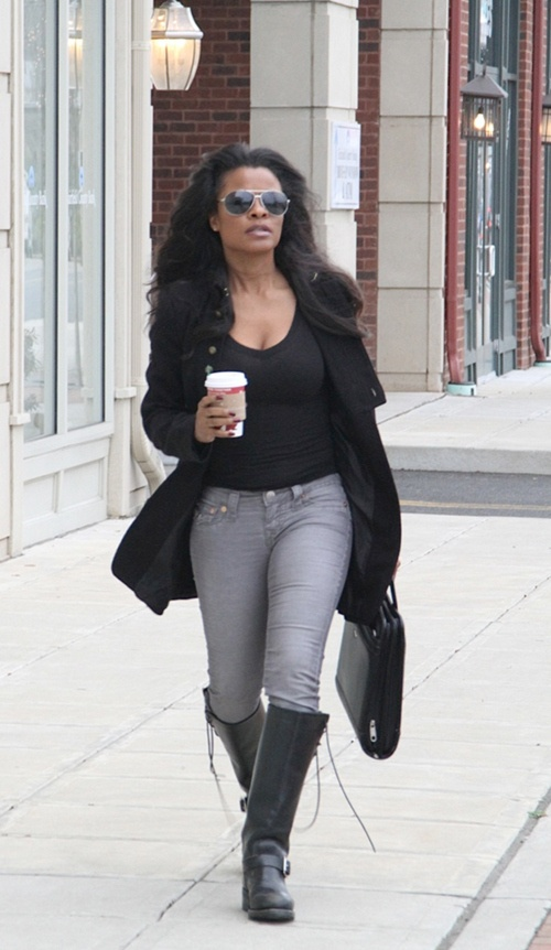 30 Best Images About Keesha Sharp On Pinterest 41