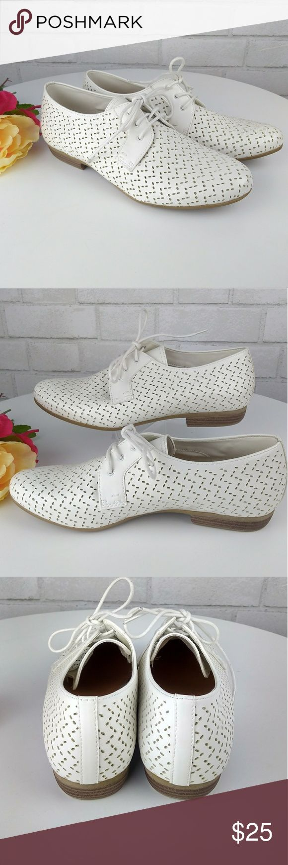 NWOB White Lace Oxford Women's Brand New never worn. Size 8.  Delicate white oxfords. All man made materials.  Pet and smoke free No trades sophie17 Shoes Flats & Loafers