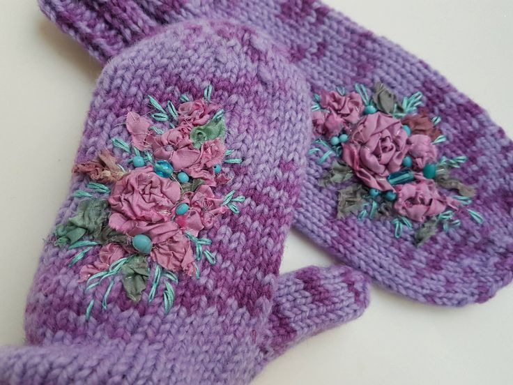 Lilac purple mittens, Purple Mittens with embroidered roses, Women winter accessories, wool mittens, Warm mittens, women gifts by MySunsetColor on Etsy https://www.etsy.com/listing/264350733/lilac-purple-mittens-purple-mittens-with