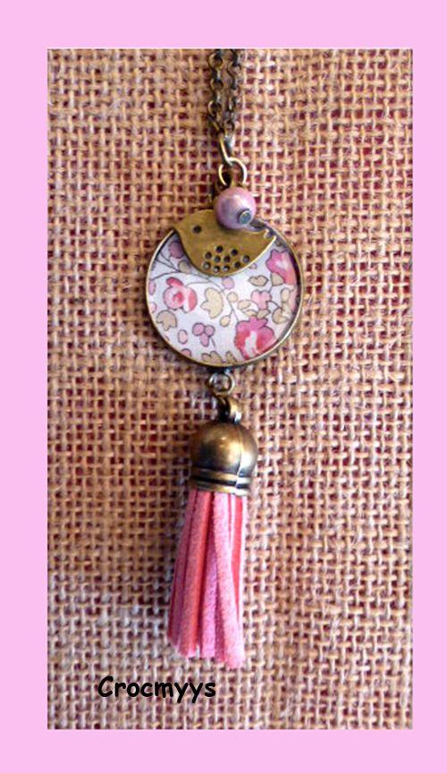 Sautoir rétro liberty éloïse rose pompon : Collier par crocmyys