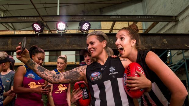AFL bow to Bruce Springsteen over Collingwood womens fixture clash #AUNews AU News SMH Top Stories