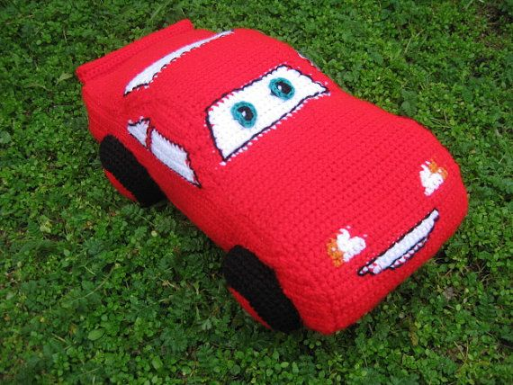 Crochet pattern toy-pillow car McQueen from Cars movie. by tatocka