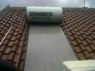 Service Water Heater Solahart Pemanas Air Panas Tenaga Matahari Solahart Handal Wika SWH di Tebet Jakarta Selatan 081310944049 CV.Alharsun Indo Spesialis Pemanas Air Panas Solahart Handal Pemanas Air Tenaga Surya Solahart Cabang Tebet-Jakarta Selatan/Service Perawatan Reparasi Perbaikan Pemanas Air Solahart dan Handal Solar Water Heater Tebet-Menteng Dalam-Jakarta Selatan