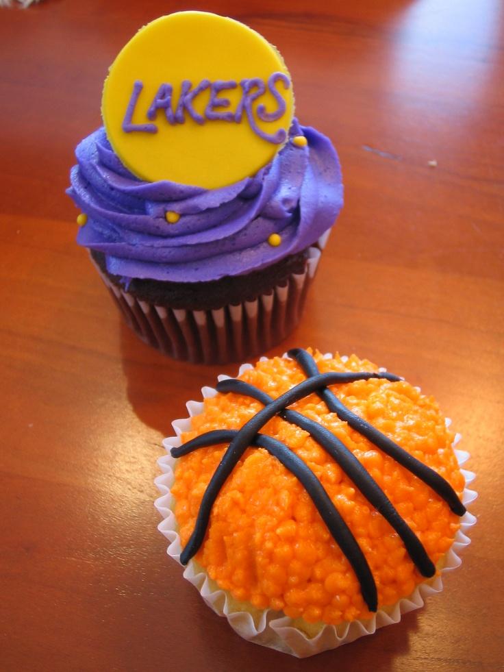 Lakers Cupcakes Cupcake birthday cake, Cupcake cakes