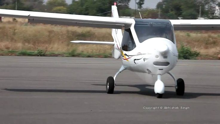 The Cheapest aircraft in the world CTLS- [HD] - CTLS (CT Light Sport Aircraft) runs on petrol. In just 15 Lts of petrol it can fly for 2 hours.