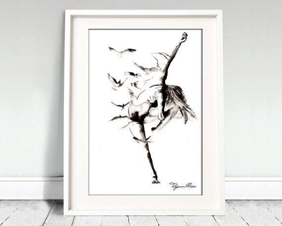 Schwarz / weiß Aquarell Ballerina mit der Vögel. Perfekte Kunstdruck für Ihre Wand-Kunst und Dekoration. Das Element wird auf hochwertiges Aquarellpapier, einen genaueren Blick auf das Original gedruckt. Es ist bereit, gerahmt werden. Digitaldruck für ein Geschenk. Kaufen Sie zwei Get