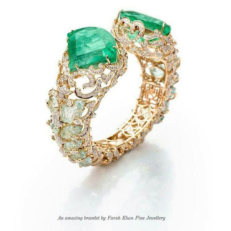 Farah Khan Emerald and Diamond bracelet