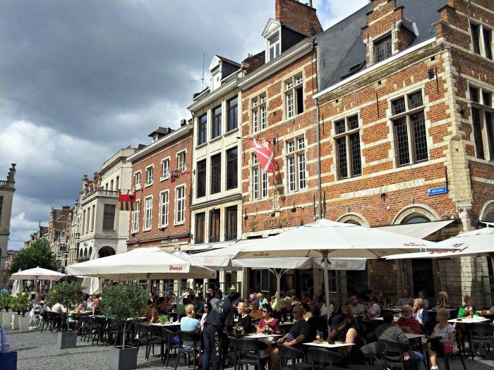 shopping in Leuven Belgium facts