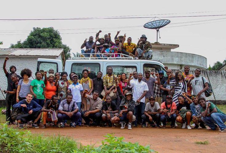 Pour me présenter cette nouvelle édition d'Arctivism, Elom 20ce me retrouvait à La boite à Idée , notre espace culturel situé à Mermoz. #Wakhart #Culture #Panafricanisme #Senegal #Togo le lien ici: http://www.wakhart.com/arctivism-27-aime-cesaire/