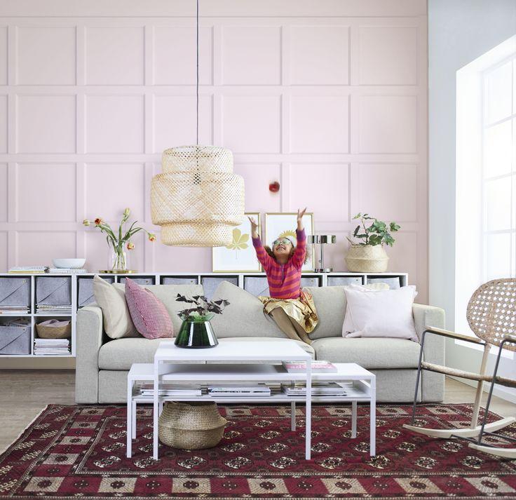 VIMLE 3-zitsbank | IKEA IKEAnl IKEAnederland inspiratie wooninspiratie interieur bank sofa zitbank woonkamer kamer tapijt vloerkleed kleed salontafel tafel bijzettafel roze SINNERLIG hanglamp GRÖNADAL schommelstoel hip trendy design modern