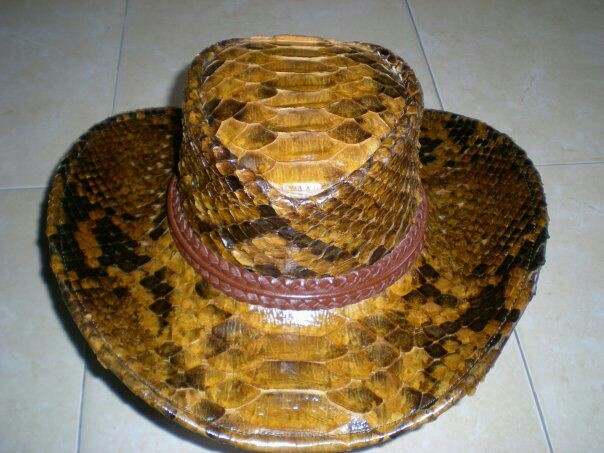 Handmade phyton skin coboy hat. For more information , Email : yuns2506@yahoo.com or whatsapp :  +62 81317203406