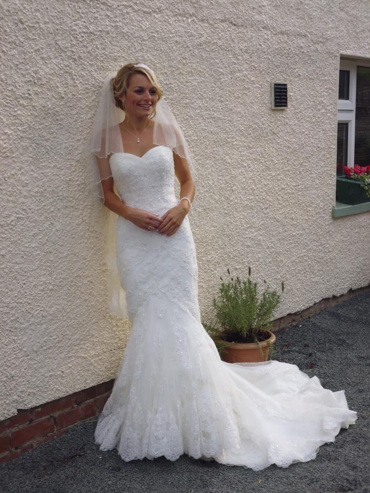 Ellis 11330 wedding dress