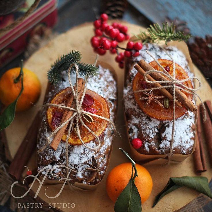 ДрузьяА вот и рождественские кексыПредновогодние заказы принимаем уже сейчас Подробнее о заказах по ☎️8-913-378-38-38. #новыйгод #подарокнарождество #подарокнановыйгод