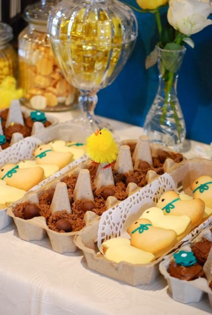 recycled egg cartons to use for desserts on Easter table