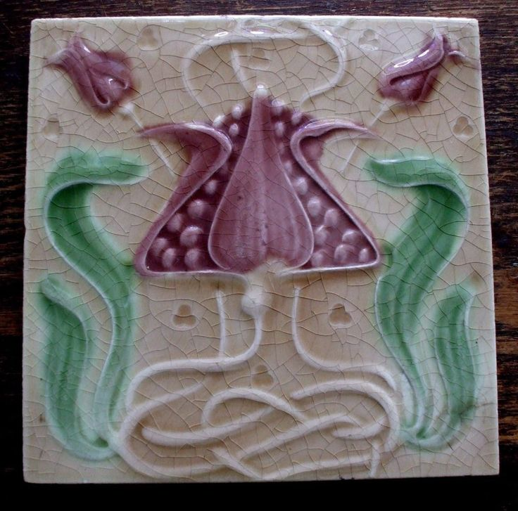 """Antique Art Nouveau Mauve TulipTile 6""""x6"""" Alfred Meakin nr.Mint. Unusual colours"""