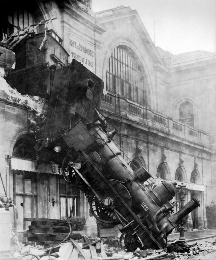vintage train wreck images | Is The Media Obsessed With Sarah Palin?