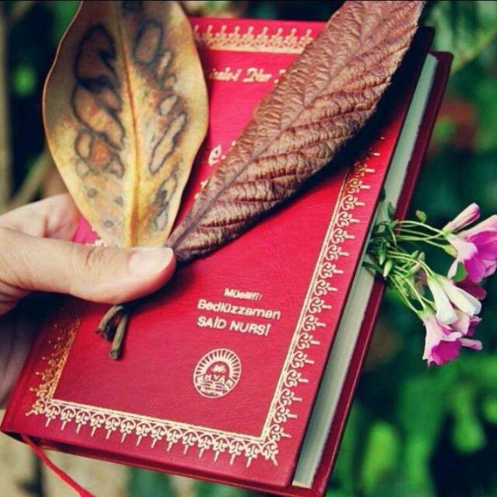 Oku, oku her gün oku ki, ruhun nur-u ilahi ile parlasın. Kalbin nur-u Kur'an la temizlensin. Aklın nur'u İslamla işlensin ve yükselsin....