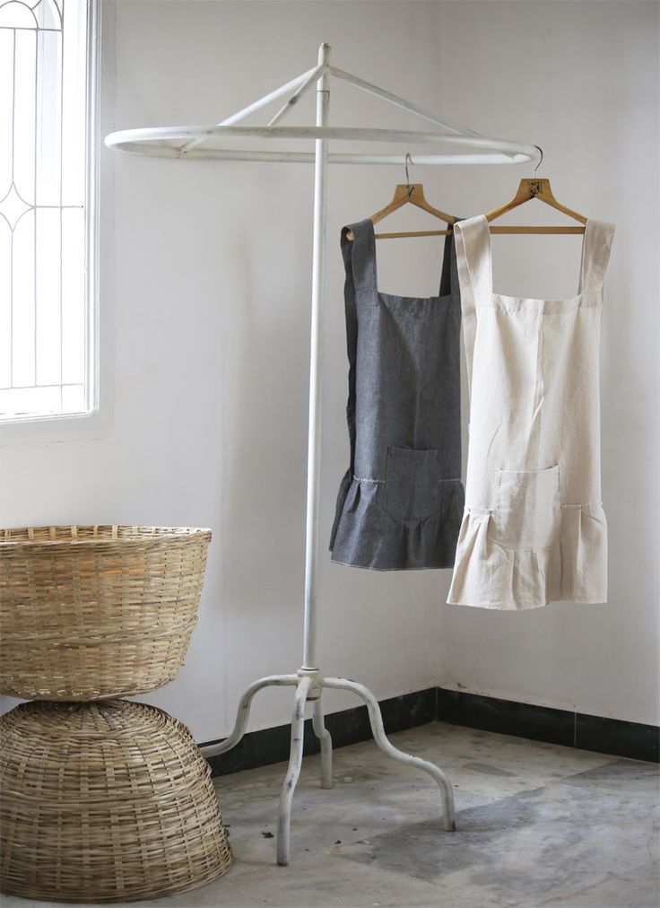 #Smock #Style #NeutralTone #kitchenaprons #raven and #taupe
