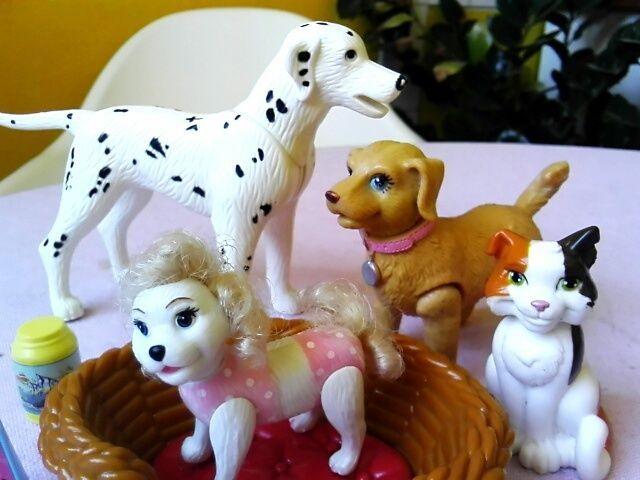 Vintage Barbie Hunde mit Zubehör undd Katze - Dalmatiner Pudel DACHBODENFUND