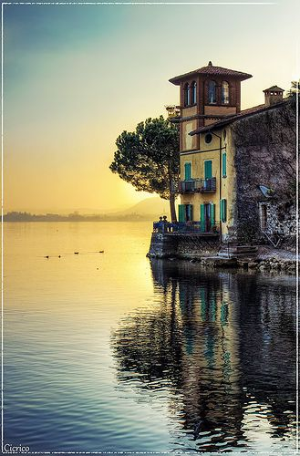 Lago d'Iseo, Italy//I imagine some of the waterfront homes on Voronwë look something akin to this. Probably a bit more elvish-ly styled, but basically this.
