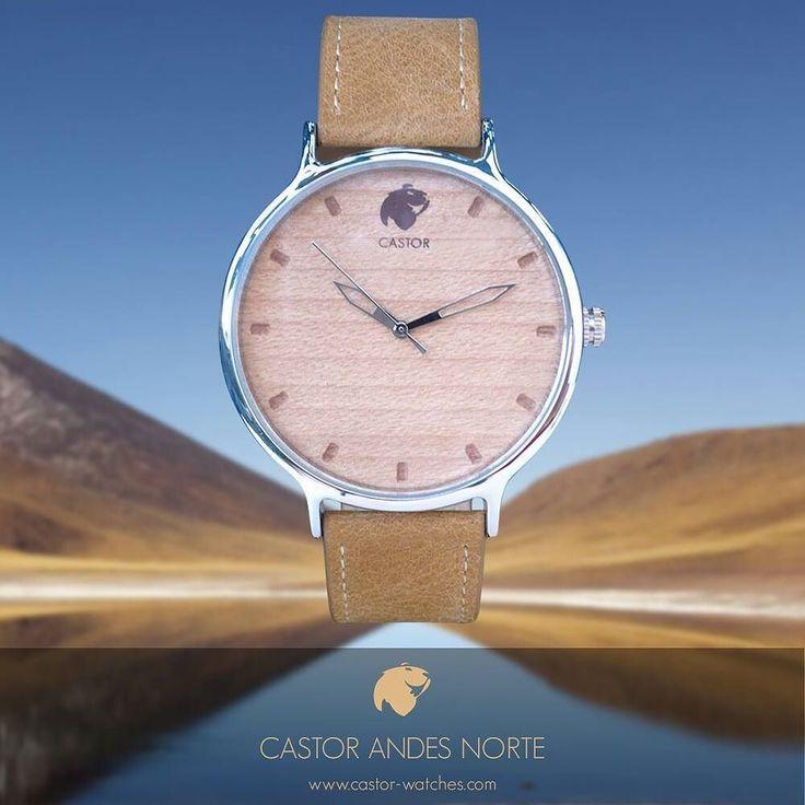 El #reloj Castor ANDES NORTE refleja en su diseño las características de la zona cordillerana del norte de nuestro país . Dial de madera correa de cuero café arena y un cromado que hace referencia al reflejo del agua y los salares en el altiplano. Elegante rústico y sobrio. Ven por el tuyo en www.castor-watches.com por $39.900 y envío gratis a todo #chile  Whatsapp : 56994033705 #castorwatches #castorandesnorte #relojes #watch #watches #woodenwatches #accesorios #diseñochileno…