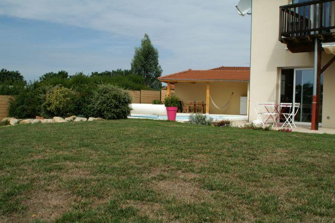 Magnifique emplacement pour tente chez l'habitant niché au coeur de la Bresse !