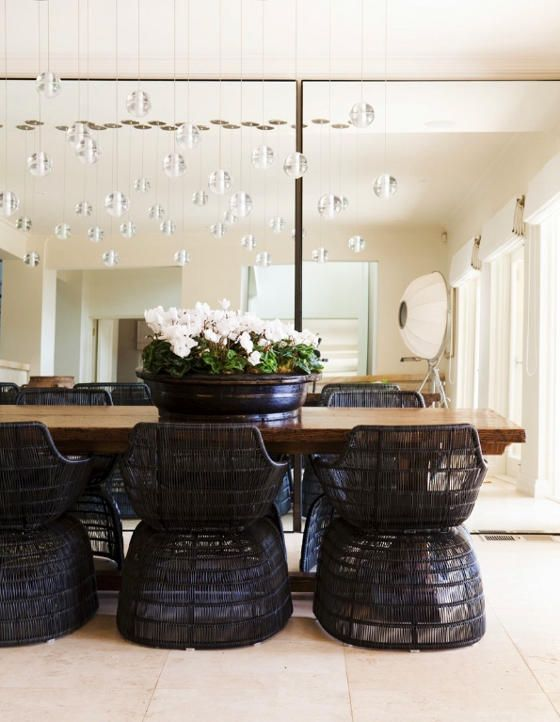 desire to inspire - desiretoinspire.net - Night andday - LOVE those dining room chairs