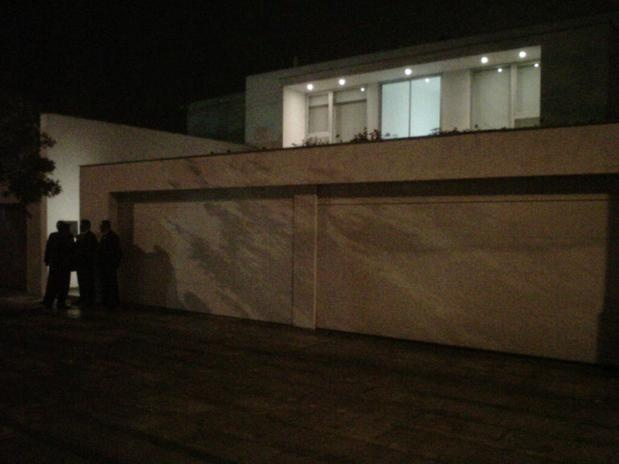 Lady Gaga is at this house in Lima right now .
