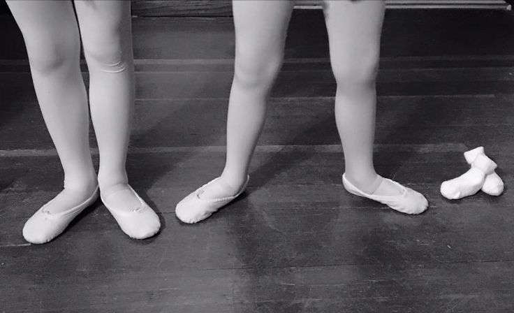 Ballet positions baby announcement! Surprise third baby on the way and my little ballerinas are SO excited!!