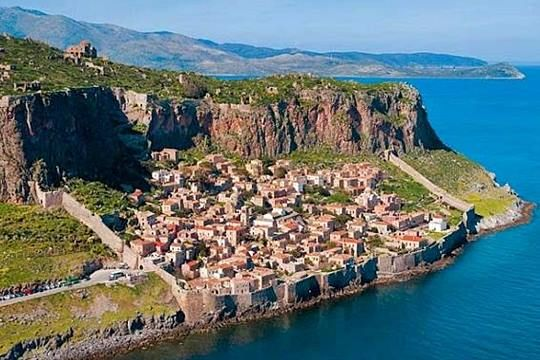 Get married in Monemvasia!