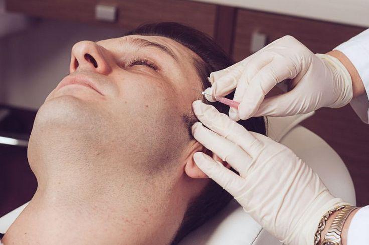 Dr. Papp Ildikó is applying a treatment on Eli van Poeyer.