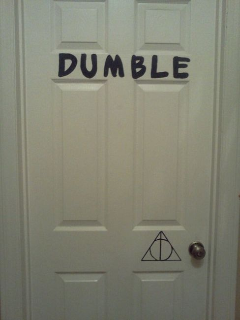 It's a Dumble-Door. =)