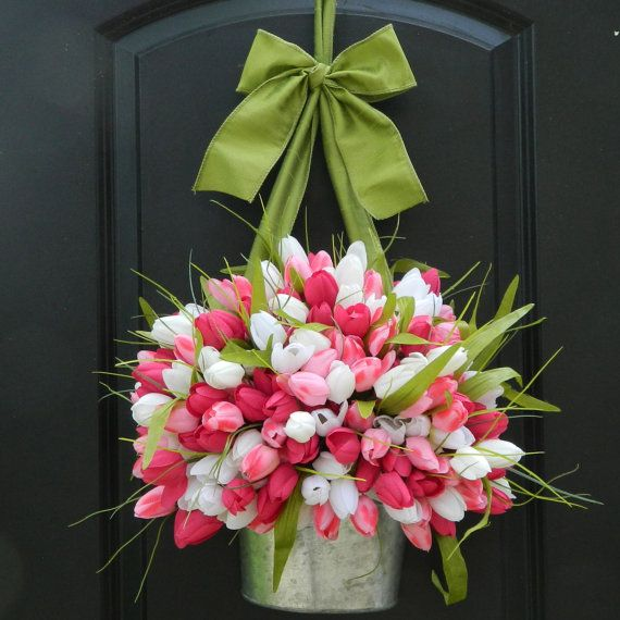 Tulips in a rustic metal planter - so beautiful for Spring with the gorgeous tulips!